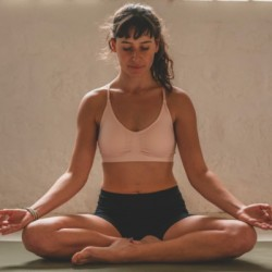 Professeur de Yoga-Vinyasa | Julie