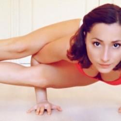 Professeur de Yoga-Vinyasa | Adele