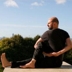 Professeur de Yoga-Hatha   Massimiliano