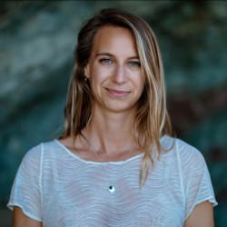 Professeur de Yoga-Vinyasa | Maëlys