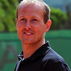 Professeur de tennis | Julien