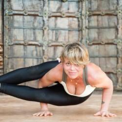 Professeur de Yoga-Vinyasa | Anne Cécile